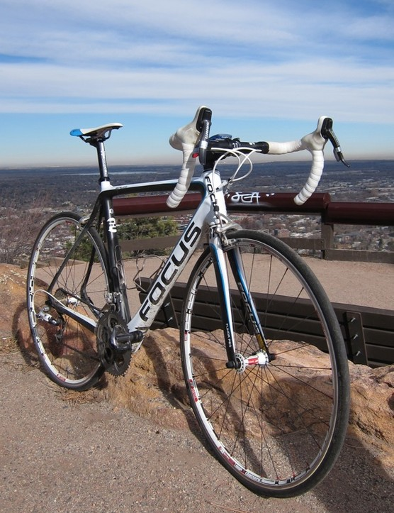 The German designed, Asian made Izalco Team 2.0 carbon frame is matched with a 3T Funda Pro fork