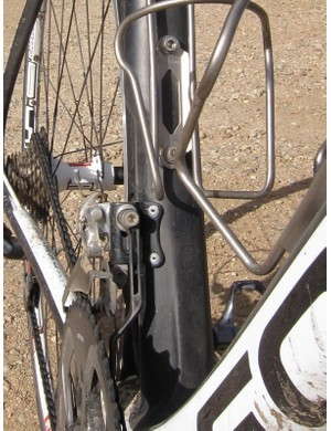 Focus equip the Izalco Team 2.0 with a front derailleur boss mounted chain watcher