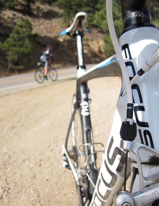 The Izalco's down tube is larger than the width of the tapered head tube