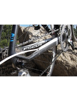 The internal routing terminates three-quarters of the way down the chainstay