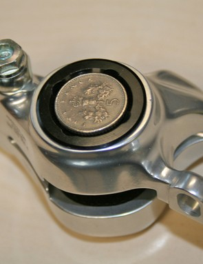 The pistons are lightly ovalised but it's hard to spot unless you get up close