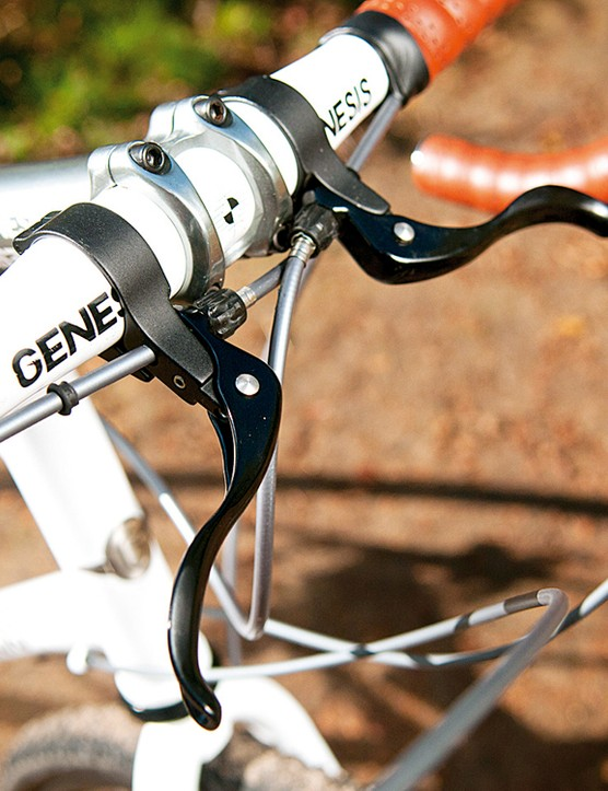Secondary brake levers allow more hand positions