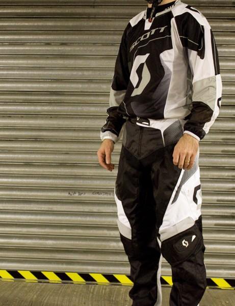 Scott DH Racing Shirt and Pants