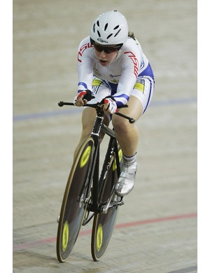Amanda Spratt, strong on both the track and the road