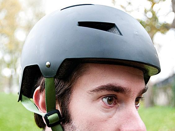 Diamondback Airflow helmet