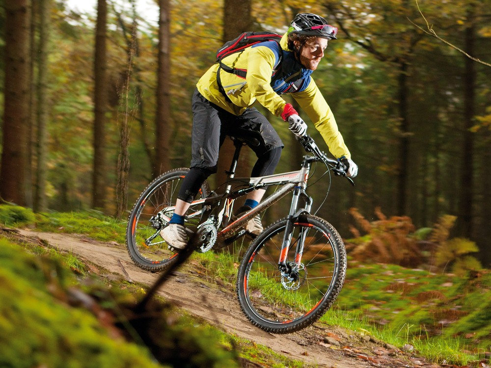 B'Twin Rockrider 9.1: Lighter, better specced and more agile than any £800 full-susser has a right to be