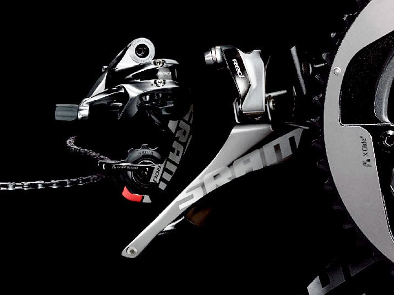 The rear derailleur looks to include mostly cosmetic updates to our eyes, retaining the carbon cage and Exact Actuation layout. Note the non-parallel pivot pins on the front derailleur, though, which should allow the cage to automatically adjust its angle for quieter running