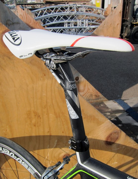 The PRO seatpost is topped with a Selle Italia saddle.