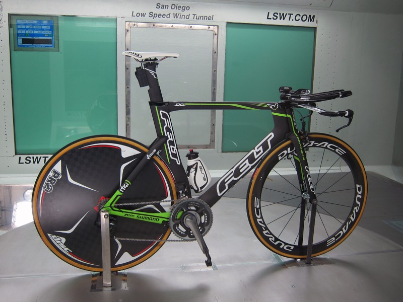 The 1t4i team - formerly known as Skil-Shimano - will race on Felt DA aero bikes for time trials and the company's F1 for road stages.