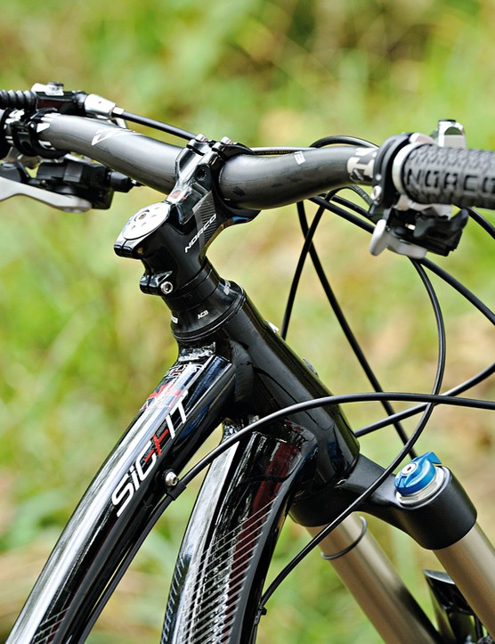 Easton haven carbon riser bar steers you in the right direction