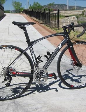 Volagi's Liscio disc road bike