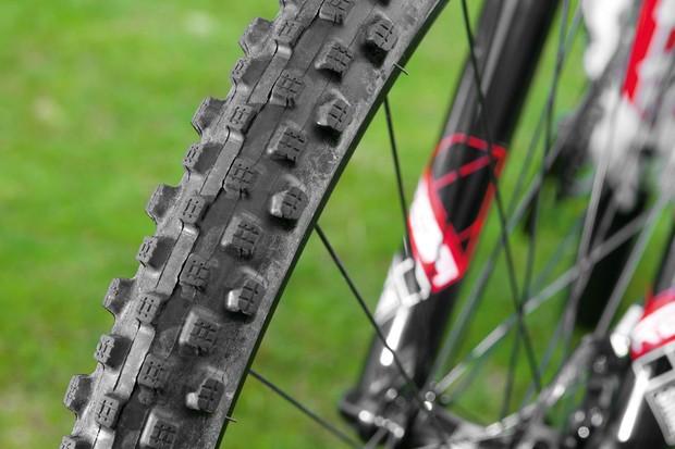 Bontrager 29-Mud TLR tyre