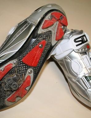 Sidi's Dragon 3 Carbon shoes use an SRS carbon sole