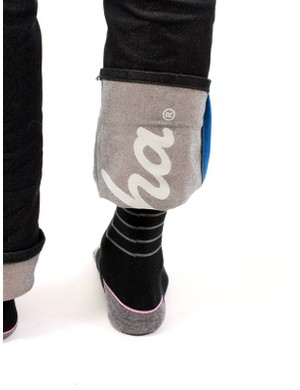 The under-cuff logo is reflective