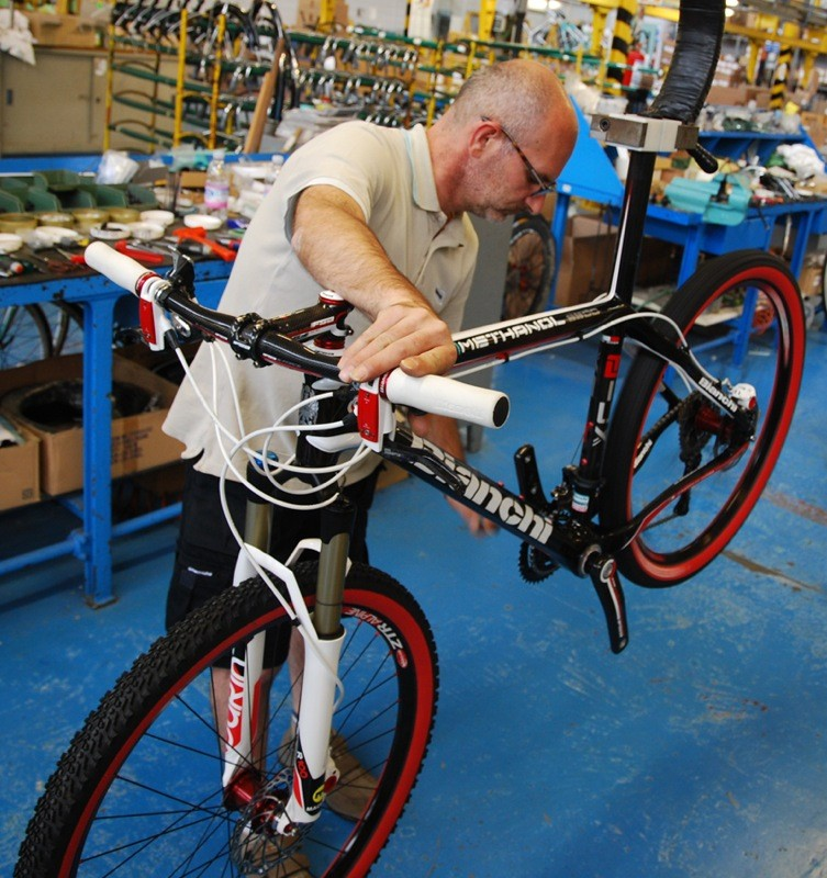 BikeRadar visit Bianchi - BikeRadar