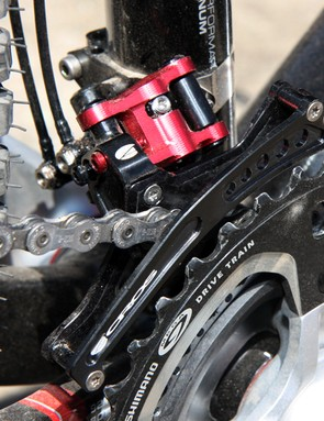Likewise, it shouldn't take a Herculean effort to adapt the Acros A-GE hydraulic front derailleur for use on a road-sized crankset