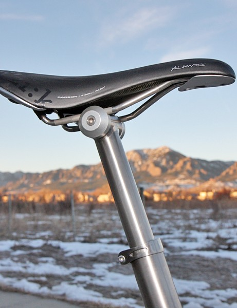 The titanium seatpost uses a simple one-bolt head