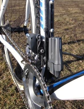 Page uses a standard K-Edge chain watcher. The Di2 battery mount keeps weight low