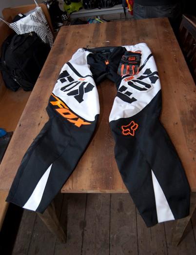 2012 Fox Push pants in white/orange