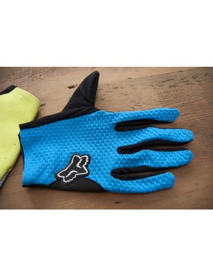 2012 Fox Attack glove