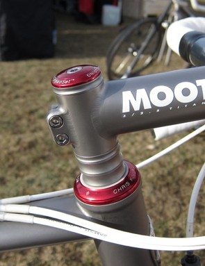 Ti stem and spacers on top of the 44mm head tube