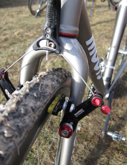 The fork offers massive mud clearance