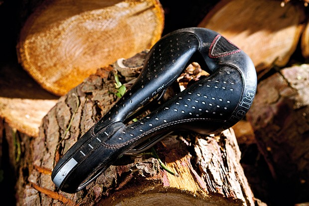 Selle Italia Max Flite Gel Flow saddle