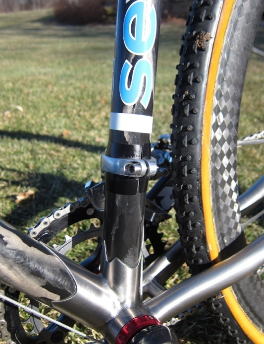 Roy finds that clamp-style front derailleurs are stiffer and shift better; Seven use a set of shims to more evenly distribute the clamping load on the carbon seat tube