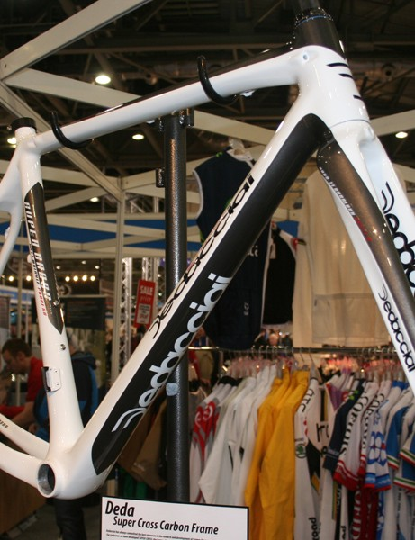 Dedacciai's Super Cross frameset is disc-ready