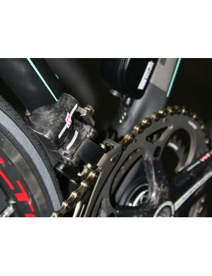 EPS front derailleur and battery on the Bianchi Oltre