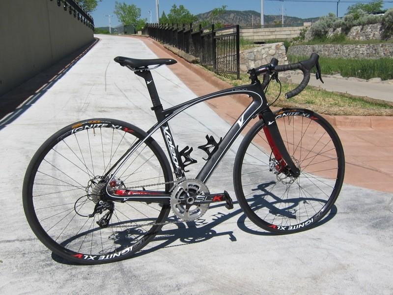 Volagi's Liscio disc brake equipped road bike