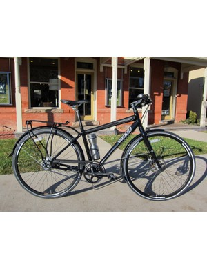 The Trek Soho Deluxe costs more than many people are willing to spend on an urban machine but if your wallet allows (and if theft isn't a huge concern), it's a fantastic maintenance-free machine for commuting and errands