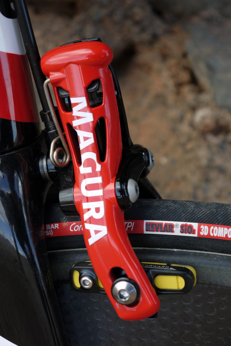The RT8 TT caliper's shape looks like it will work well aerodynamically when mounted either to the front of a fork or underneath a bottom bracket