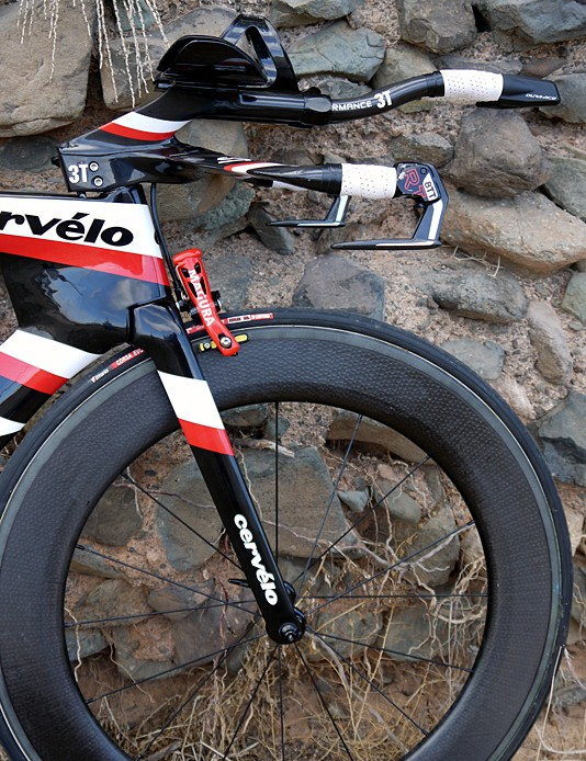 The UCI legal version of the P5 doesn't have a cover over the front brake