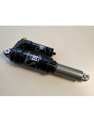 X-Fusion's new Vector Air HLR rear shock has been designed to compete with RockShox's Vivid Air and Fox's DHX Air