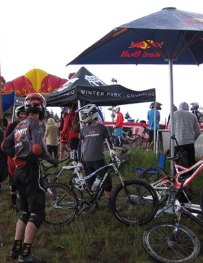 The start of 2011's first stage, a chainless downhill race