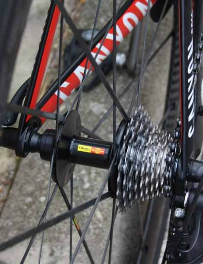 The Mavic Cosmic Carbone SLR uses aluminum hub bodies front and rear but bladed carbon fiber spokes
