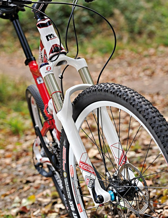 Rockshox Reba fork helps absorb the trail blows