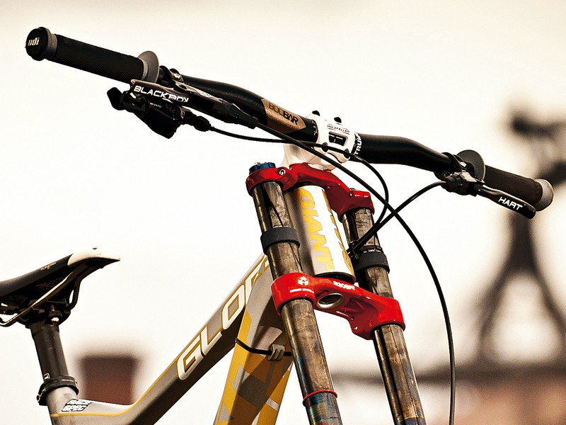 Danny runs wired-on rather than lock-on versions of ODI's Ruffian grips for maximum security