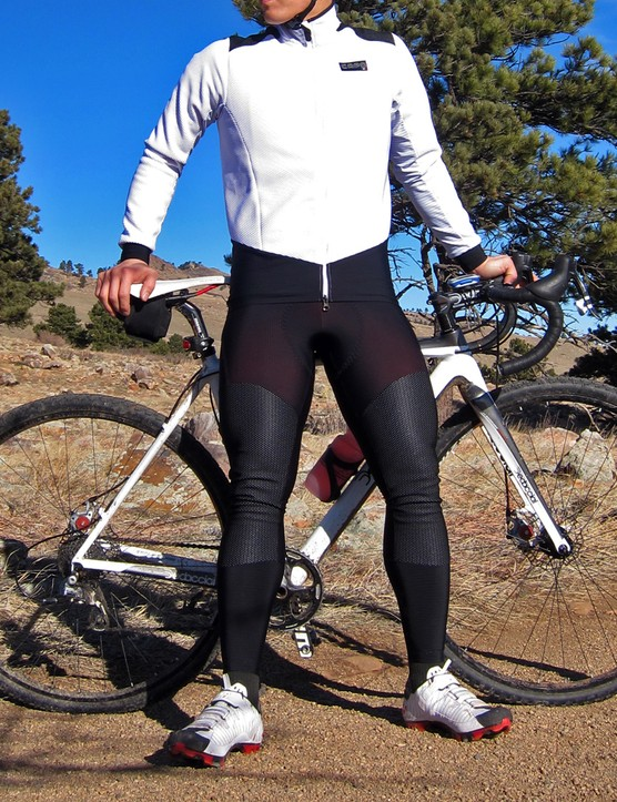 When paired together, the Capo Padrone thermal jacket and winter tights are a formidable pair against the cold