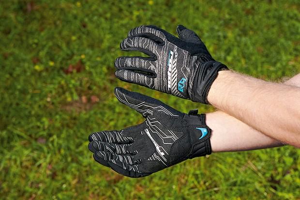 Royal Mercury gloves