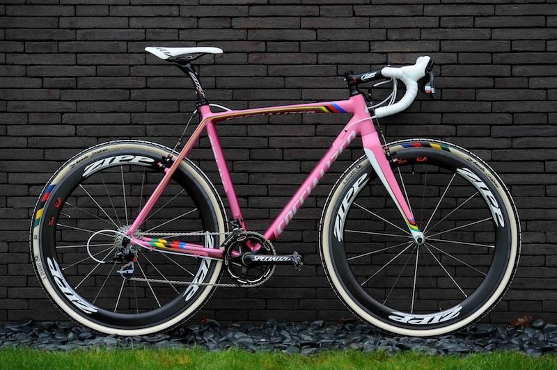 Zdeněk Štybar has four identical Specialized CruX cyclo-cross bikes
