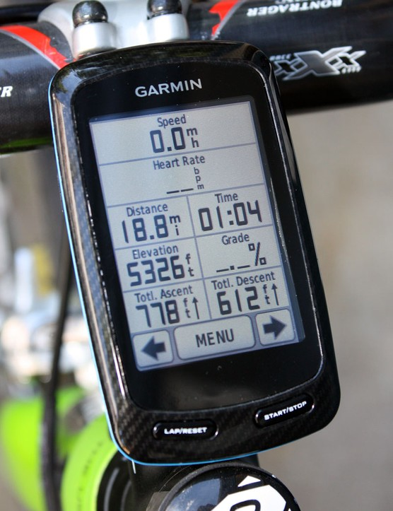 Garmin gave the Edge 800 a monstrous touchscreen that works well with full-fingered gloves but the resolution, contrast and color saturation aren't as good as we'd like