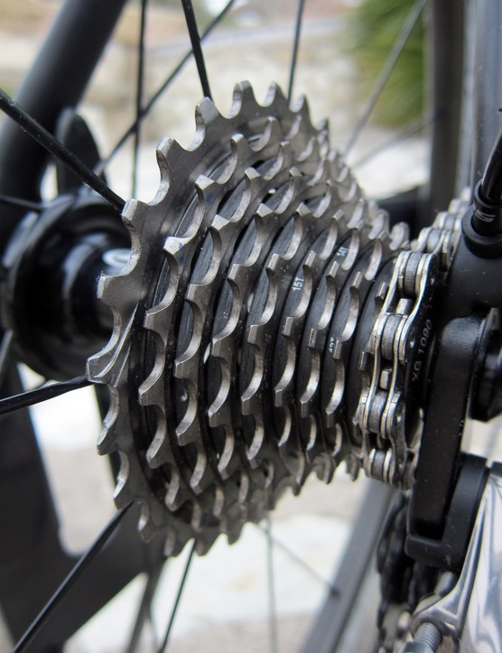 The new cassette is once again milled almost entirely from a single block of steel but it's much more aggressively cut away like SRAM's XX unit to shed about 30g. Elastomer rings set in between each set of cogs helps keep things quiet