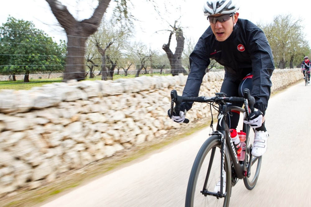 We've got just one ride under our belts on the new SRAM Red group but initial impressions are favorable
