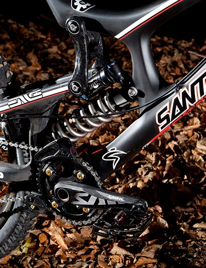 Santa Cruz Syndicate V-10 Carbon with Fox DHX RC4 shock and Shimano Saint cranks