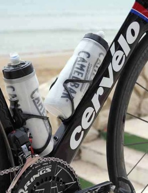 Cervelo say wind tunnel testing showed that a single down-tube-mounted bottle produces less drag when it's placed lower on the frame. Hence, there are two sets of mounting holes on the S5 down tube