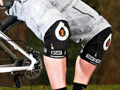 SixSixOne (661) Evo knee pads
