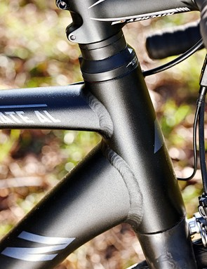 Tapered head tube, chunky down tube and a mean, businesslike look