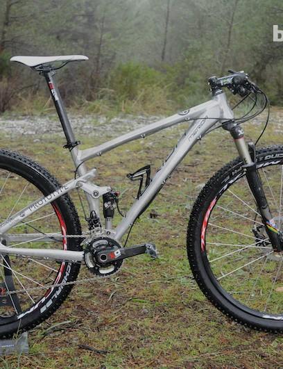 Prototype Big Ninety-Nine full-sus 29er with aluminium frame